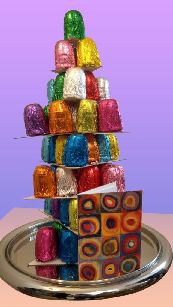 Weihnachtspyramide aus Mohrenköpfen